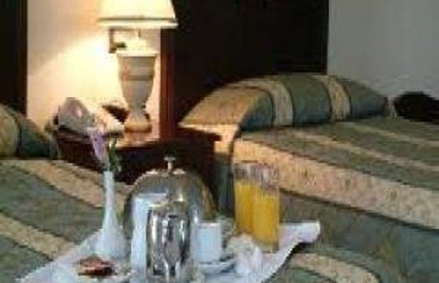 фото Woodford Dolmen Hotel 487804565