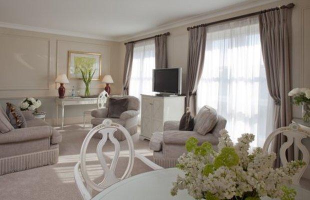 фото The Merrion Hotel 487824043