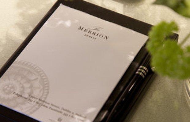 фото The Merrion Hotel 487824045