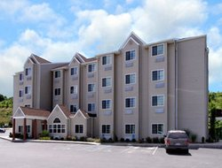 Morgantown hotels for families with children