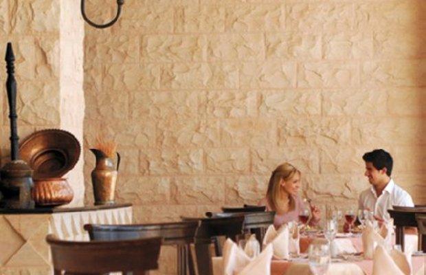 фото Moevenpick Nabatean Castle Hotel 487926264