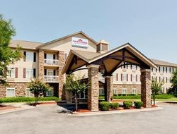 Pets-friendly hotels in Conyers