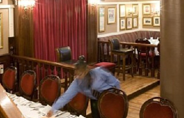 фото The Lansdowne Hotel 488030868