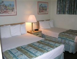 Cocoa Beach hotels with restaurants