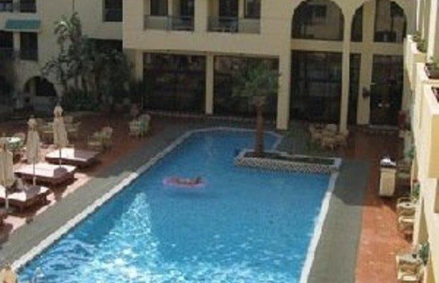 фото La Perla Hotel 488090302