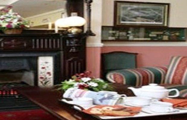 фото The Rhu Glenn Country Club Hotel 488298912