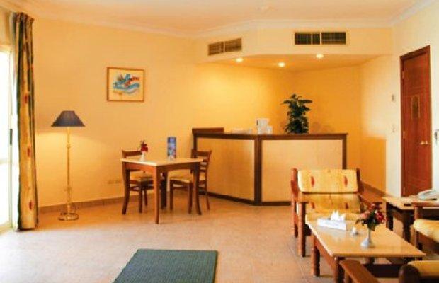 фото Falcon Hills Hotel 488310301