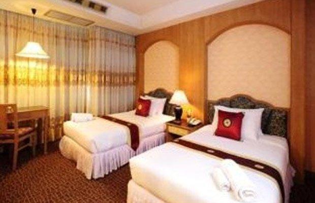 фото Chaleena Hotel 488330188