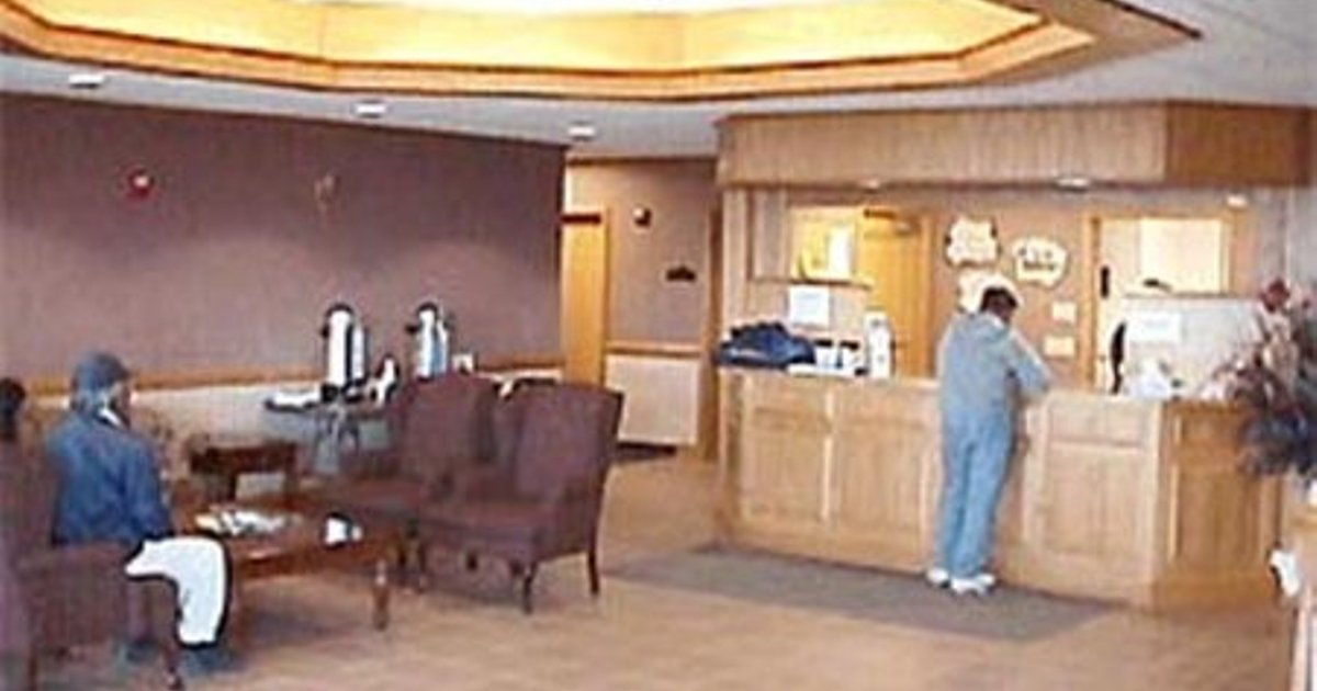 Aurora Inn And Executive Suites