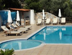 Skiathos Town hotels with swimming pool