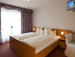 Pets-friendly hotels in Rofansiedlung