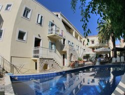 Spetses hotels with swimming pool