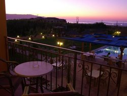 Pets-friendly hotels in Maleme