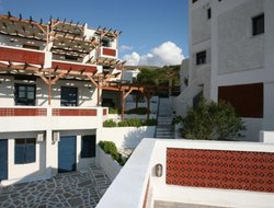 Pets-friendly hotels in Andros Island