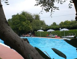 Pets-friendly hotels in Lazise