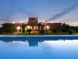 Alezio hotels with swimming pool