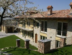 Monforte hotels with swimming pool