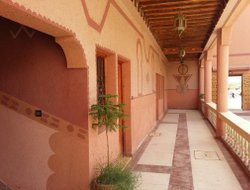 Pets-friendly hotels in El Kelaa