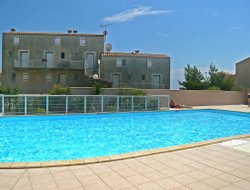 Narbonne-Plage hotels with swimming pool