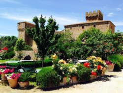 Pienza hotels with swimming pool