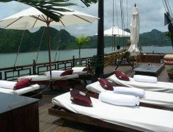 Halong hotels with restaurants