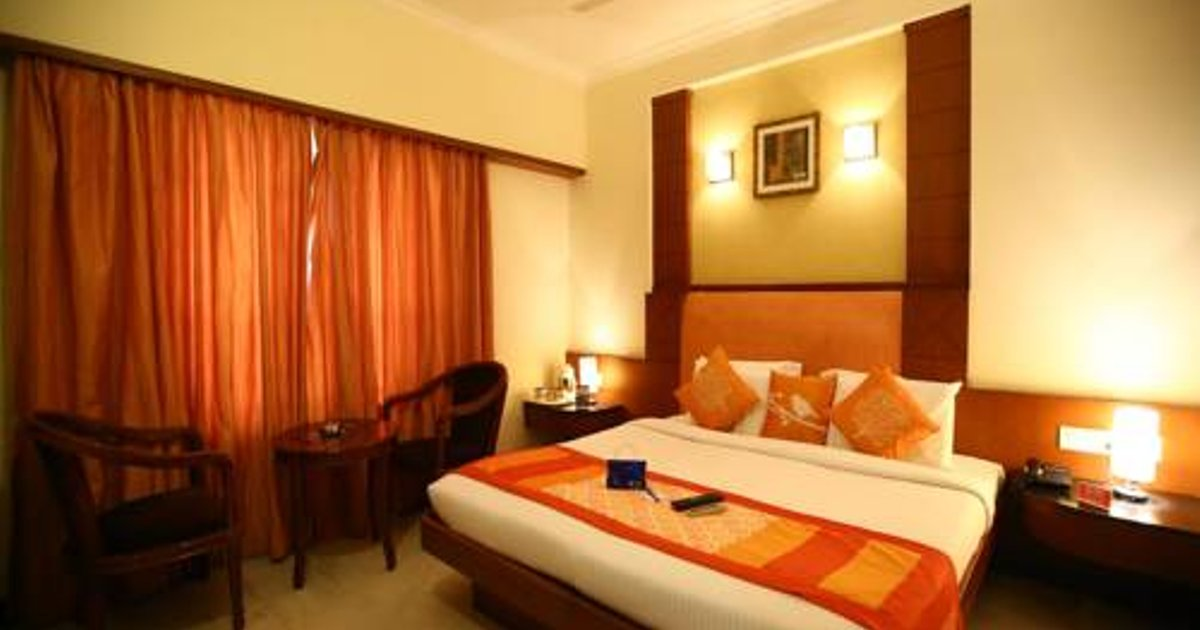OYO 728 Hotel Chennai Deluxe International