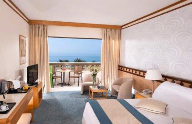 фото Constantinou Bros Athena Beach Hotel 52029529
