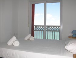 Santiago de la Ribera hotels with sea view
