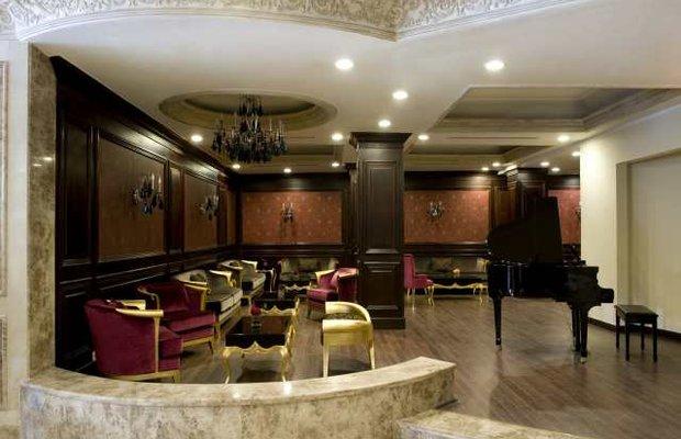 фото Crestview Inn & Suites Cedar L 542783284