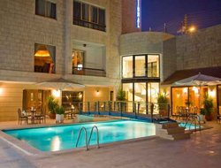 Jordan hotels with swimming pool