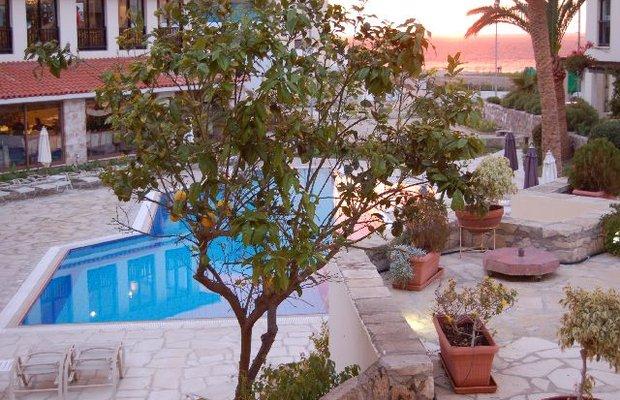 фото Panareti Paphos Resort 542790850