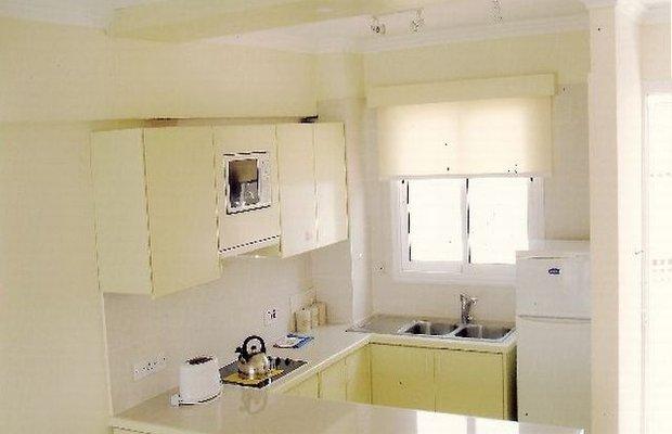 фото Paphinia Sea View Apartments 542790859
