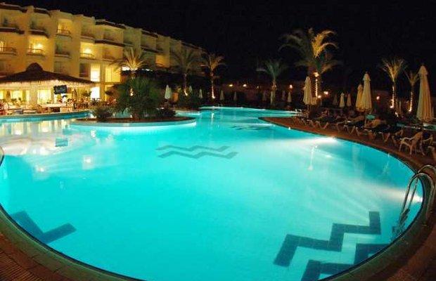 фото Hilton Sharks Bay Resort 542792415