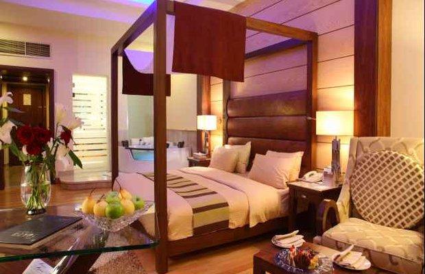 фото Royal Savoy Hotel and Villas 542793281