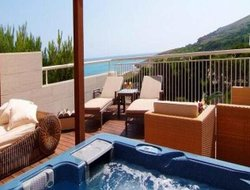 Top-10 romantic Capdepera hotels