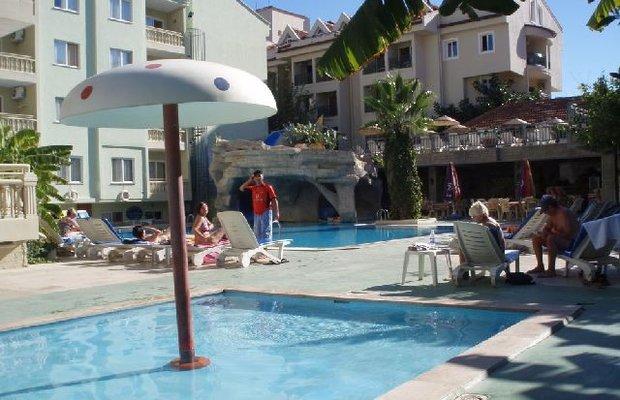 фото Epic Hotel 542808783