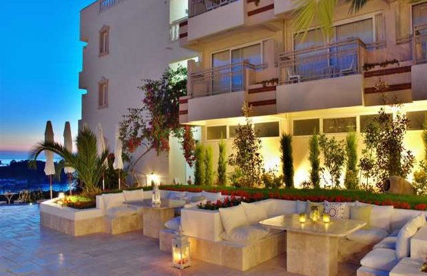 фото Hotel Carina 542810936
