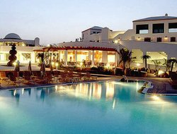 Corralejo hotels for families with children