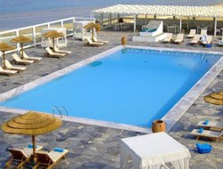Mykonos Town hotels with restaurants