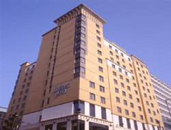 Croydon hotels for families with children
