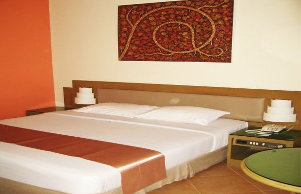фото Pinnacle Lumpinee Park Hotel 542836253