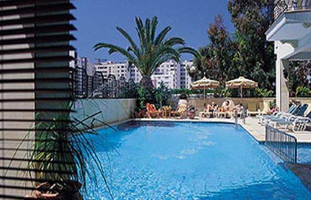 фото Chrielka Hotel Apartments 542837710