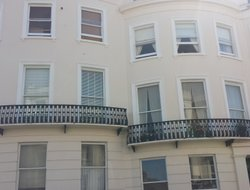 Hove hotels with restaurants