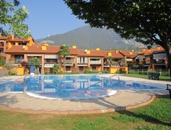 Toscolano Maderno hotels with swimming pool