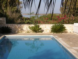 Andiparos hotels with swimming pool