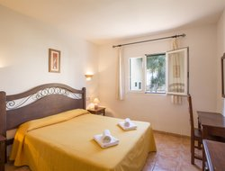 Cala Romantica hotels with swimming pool