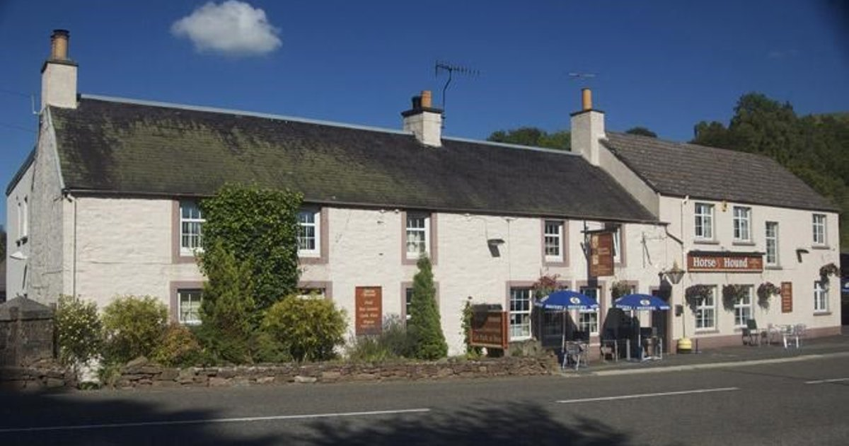 The Horse and Hound Country Inn