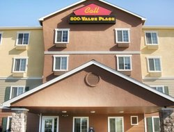 Elk Grove hotels for families with children