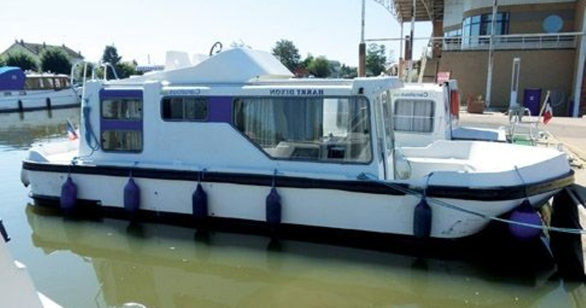 Espade 850 Fly (License-Free Boat)