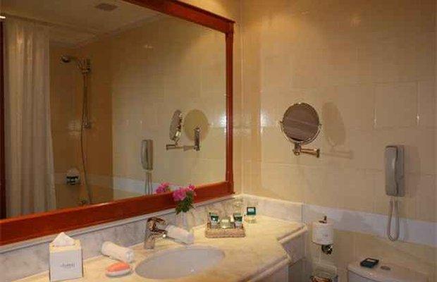фото Amwaj Oyoun Hotel & Resort 574462406